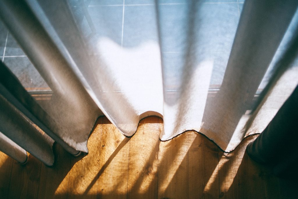 eco-friendly-linen-curtains
